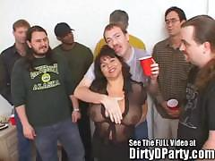 susie-s-gang-bang-bukkake-party-with-dirty-d