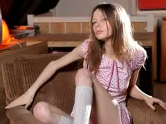white-socks-and-insanely-skinny-teen