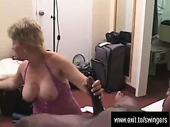 swinger-mum-tracey-so-happy-with-a-bbc