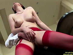 mature-milf-has-her-pussy-sucked-and-loves-it