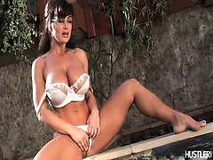 Lisa Ann in Sarah Palin parody