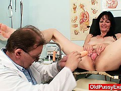 amateur-mother-vag-exploration-by-naughty-gyn-m-d