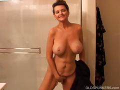 big-tits-mature-amateur-gets-wet