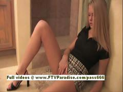 katelynn-independent-amazing-blonde-babe-lonely-in-the-bathroom