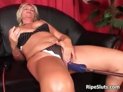 busty-horny-mature-blonde-gets-her-wet-part2