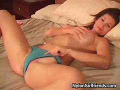 Sexy Heather Vandeven showing her part1